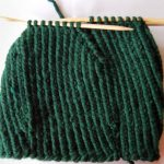Knitting a peaked cap – Instructions for a knitted balloon cap